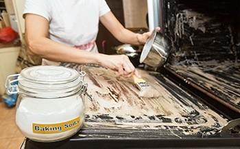 Baking soda - 112 Uses Oven