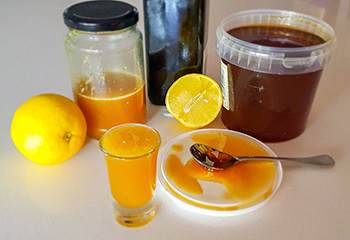 10 Natural Remedies You Can Only Make this Winter - Cough Syrup