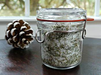 10 Natural Remedies You Can Only Make this Winter - Pine Salt