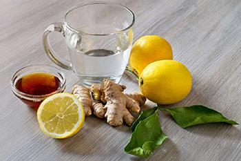 5 Winter Herbs to Cut Belly Fat - Ginger