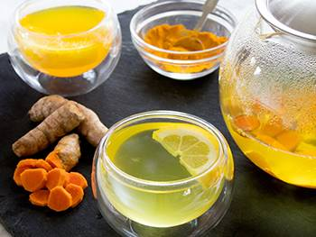 The 6 Best Bedtime Teas That Help You Sleep - Turmeric Tea