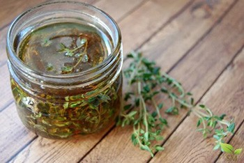 Best Cough and Sore Throat Homemade Syrup Recipes - Honey and Thyme 2