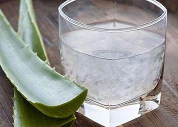 Bedtime Drinks that Burn Belly Fat - Aloe Vera Juice