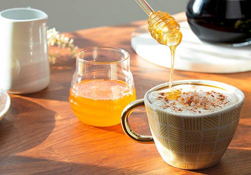 Foods You Can Make at Home That Are Also Natural Remedies - Honey-Laced