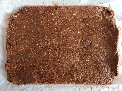 Homemade Adaptogenic Bars with Ashwagandha -6. Parchment Paper