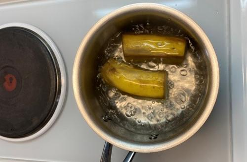 What Happens if You Pour Hot Water Over a Banana - 4