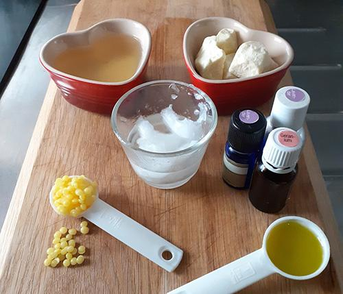 Organic Homemade Ultra-Moisturizing Lotion For Face and Body Ingredients