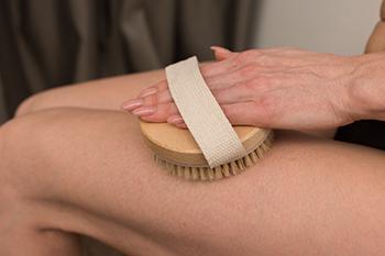 Citrus Blast Anti-Cellulite Body Cream - Dry Skin Brushing Technique