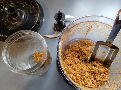 nfusing Oil with Calendula - Step 3