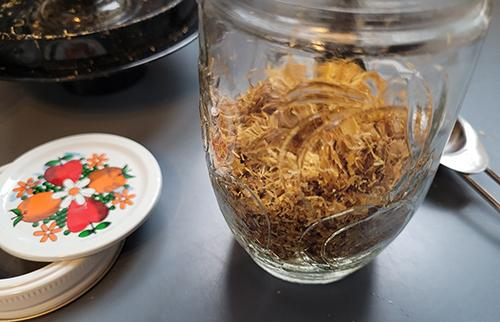 Infusing Oil with Calendula - Step 4