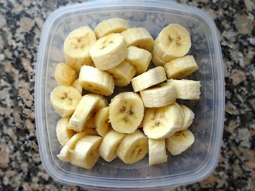Anti-Inflammatory Turmeric ice cream - With Bananas - Step 1