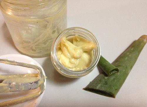 Aloe Vera After Sun Cream - Step 4