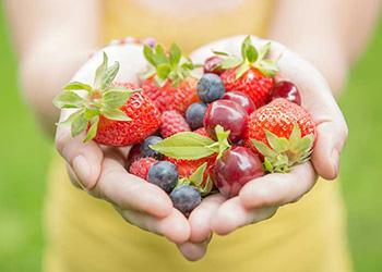 Homemade Kidney Cleanse Juice - Berries