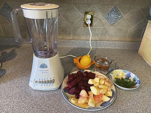 How to Treat Cough With Beets and Ginger - Step 1