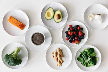 Top 5 Diet Changes for Autoimmunity - 1. Anti-Inflammatory Foods